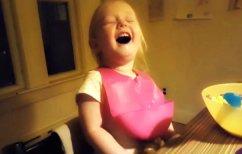 ΝΕΑ ΕΙΔΗΣΕΙΣ (Το κοριτσάκι που έγινε viral στο διαδίκτυο – Γιατί δεν μπορεί να σταματήσει να γελάει; (ΒΙΝΤΕΟ))