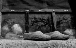 ΝΕΑ ΕΙΔΗΣΕΙΣ (Το πνιγμένο προσφυγόπουλο συμβολίζει τους μετανεωτερικούς σκοτεινούς αιώνες)