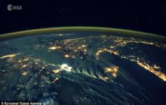 ΝΕΑ ΕΙΔΗΣΕΙΣ (Έτσι φαίνονται οι αστραπές από το διάστημα (ΒΙΝΤΕΟ))