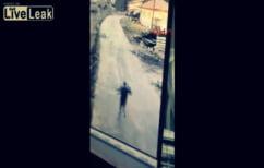 ΝΕΑ ΕΙΔΗΣΕΙΣ (Σκότωσε τον πατέρα του και στη συνέχεια αυτοκτόνησε στη μέση ενός δρόμου στην Τουρκία! (ΒΙΝΤΕΟ))