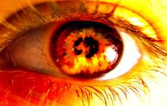 ΝΕΑ ΕΙΔΗΣΕΙΣ (Σοκαριστικό ΒΙΝΤΕΟ: Ζογκλέρ τυλίγεται στις φλόγες κατά τη διάρκεια της παράστασής του)