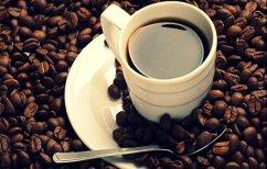 ΝΕΑ ΕΙΔΗΣΕΙΣ (Πόσο καφέ πρέπει να πίνετε για να μη βλάψετε τα οστά σας)