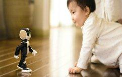 ΝΕΑ ΕΙΔΗΣΕΙΣ (Robohon: Το smartphone-ρομπότ που…περπατά (ΦΩΤΟ & ΒΙΝΤΕΟ))