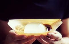 ΝΕΑ ΕΙΔΗΣΕΙΣ (Δημιούργησαν κέικ που μοιάζει με σταγόνα νερού (ΦΩΤΟ))