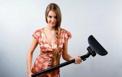 ΝΕΑ ΕΙΔΗΣΕΙΣ (Η… απόλυτη ληστεία: Γυναίκα πυροβολεί ΑΤΜ και τραβά τα χρήματα με σκούπα! (ΒΙΝΤΕΟ))