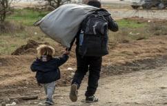 ΝΕΑ ΕΙΔΗΣΕΙΣ (Ξεκίνησε η ενημέρωση των προσφύγων στο Ελληνικό για την μεταφορά τους σε άλλες δομές)