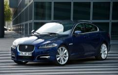 ΝΕΑ ΕΙΔΗΣΕΙΣ (Γυναίκα οδηγός κατέστρεψε την παράνομα σταθμευμένη Jaguar και το πλήθος… χειροκροτούσε! (ΒΙΝΤΕΟ))