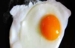 ΝΕΑ ΕΙΔΗΣΕΙΣ (Κάνει τόση ζέστη στις ΗΠΑ που τηγανίζουν αυγό στο δρόμο! (ΒΙΝΤΕΟ))