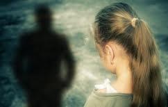 ΝΕΑ ΕΙΔΗΣΕΙΣ (Ταξίδεψε 160χλμ για να βιάσει 12χρονη γιατί οι συνομίληκές του τον κακομεταχειρίζονταν…)