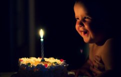 ΝΕΑ ΕΙΔΗΣΕΙΣ (Ο κίνδυνος για την υγεία που κρύβει το σβήσιμο των κεριών σε μια τούρτα γενεθλίων)