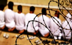 """ΝΕΑ ΕΙΔΗΣΕΙΣ (Κρατούμενοι στο Τέξας """"απέδρασαν"""" για να βοηθήσουν το δεσμοφύλακα που δεν ανέπνεε (ΒΙΝΤΕΟ))"""