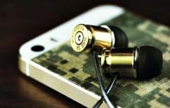 ΝΕΑ ΕΙΔΗΣΕΙΣ (Εκεί όπου η σφαίρα του στρατιώτη στην καρδιά του άοπλου συμπολίτη του δεν έχει μεγάλη σημασία…)