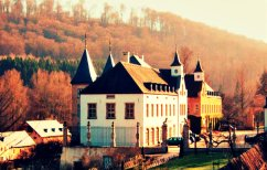ΝΕΑ ΕΙΔΗΣΕΙΣ (Μυστικό παζάρι για το χρέος στο κάστρο του Λουξεμβούργου)