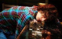 ΝΕΑ ΕΙΔΗΣΕΙΣ (Ο φίλος της μεθούσε συνέχεια και του έκανε μια φάρσα που θα του μείνει… αξέχαστη (ΒΙΝΤΕΟ))