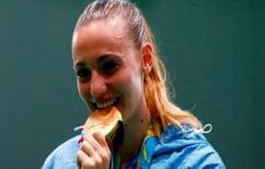 ΝΕΑ ΕΙΔΗΣΕΙΣ (Αναρωτηθήκατε ποτέ γιατί οι Ολυμπιονίκες δαγκώνουν πάντα τα μετάλλιά τους;)