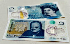 ΝΕΑ ΕΙΔΗΣΕΙΣ (Κυκλοφόρησε το πρώτο πλαστικό χαρτονόμισμα στη Βρετανία – Δεν σχίζεται και μπορεί να πλυθεί (ΒΙΝΤΕΟ))