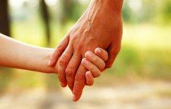 ΝΕΑ ΕΙΔΗΣΕΙΣ (Ο τρίχρονος που ζει σαν «σύγχρονος λεπρός» εξαιτίας ενός εκζέματος)