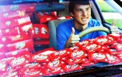 ΝΕΑ ΕΙΔΗΣΕΙΣ (Του έκλεψαν μια Kit-Kat από το αμάξι, αποζημιώθηκε με 6.500 σοκολάτες (ΦΩΤΟ))