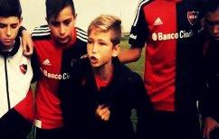"""ΝΕΑ ΕΙΔΗΣΕΙΣ (Ο 10χρονος αρχηγός που έγινε viral """"παθιάζοντας"""" τους συμπαίκτες του στην Αργεντινή (ΒΙΝΤΕΟ))"""