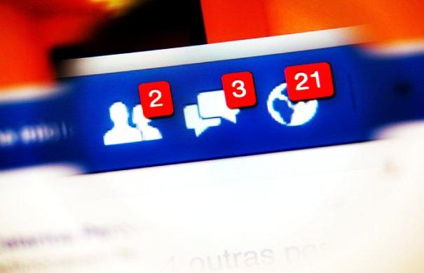 facebook-700x525