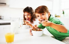 ΝΕΑ ΕΙΔΗΣΕΙΣ (Η έλλειψη πρωινού στα παιδιά αυξάνει τον κίνδυνο παχυσαρκίας)