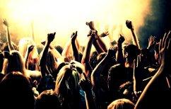 ΝΕΑ ΕΙΔΗΣΕΙΣ (Η πρόσκληση που έγινε viral: Πάρτι γενεθλίων με 1,2 εκατ. καλεσμένους! (ΒΙΝΤΕΟ))