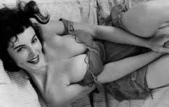 ΝΕΑ ΕΙΔΗΣΕΙΣ (Ένα «γυμνό» Playboy σημαίνει πολλά περισσότερα απ' όσα φαντάζεσαι)