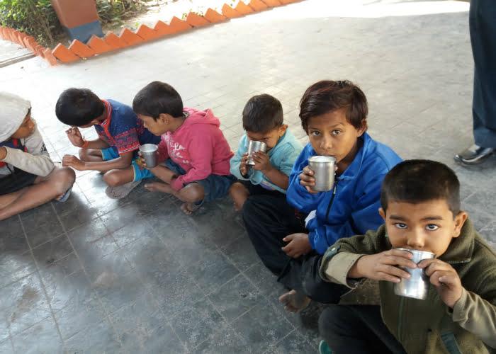 συσσίτιο-πρωινό σε παιδιά