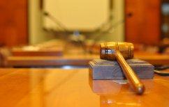 ΝΕΑ ΕΙΔΗΣΕΙΣ (Ποινή κάθειρξης 13 ετών για το δάσκαλο που ασελγούσε σε μαθήτρια)