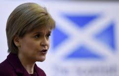 ΝΕΑ ΕΙΔΗΣΕΙΣ (Κάνει πίσω για το νέο δημοψήφισμα στη Σκωτία η Νίκολα Στέρτζον)