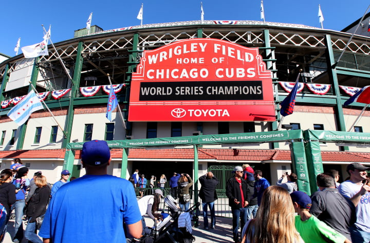 170815-route-66-wrigley-field-chicago