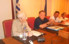 ΝΕΑ ΕΙΔΗΣΕΙΣ (Δωρεά 20.000 βιβλίων στον Δήμο Καστοριάς από τον κ. Σημαιοφορίδη)