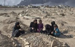 ΝΕΑ ΕΙΔΗΣΕΙΣ (Αφγανιστάν: Φρίκη από την ανακάλυψη ομαδικών τάφων αποκεφαλισμένων σορών)