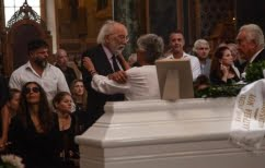 ΝΕΑ ΕΙΔΗΣΕΙΣ (O συγκλονιστικός επικήδειος του Λυκουρέζου στην κηδεία της Ζωής Λάσκαρη)