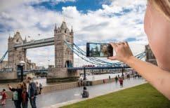 ΝΕΑ ΕΙΔΗΣΕΙΣ (Θα εξαλείψουν τις selfies, οι νέες bothies της Nokia;)