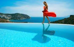 ΝΕΑ ΕΙΔΗΣΕΙΣ (Politico:«Η Μύκονος μπορεί να είναι ελληνικό νησί αλλά δεν είναι Ελλάδα»)