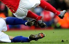 ΝΕΑ ΕΙΔΗΣΕΙΣ (Σοκαριστικός τραυματισμός ποδοσφαιριστή από αντιαθλητικό μαρκάρισμα (βίντεο))