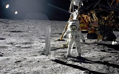 anniversary-wallpaper-background-landing-moon-human-nasa-apollo-122461