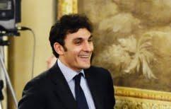 ΝΕΑ ΕΙΔΗΣΕΙΣ (Ιταλία: Υποψήφιος κατηγορείται πως εξαγόραζε κάθε ψήφο για… 25 ευρώ)