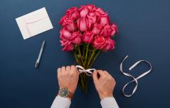ΝΕΑ ΕΙΔΗΣΕΙΣ (Η Ημέρα των Ερωτευμένων- Πόσα ξοδεύουν οι Έλληνες για να γιορτάσουν την αγάπη;)