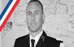ΝΕΑ ΕΙΔΗΣΕΙΣ (Επίθεση στη Γαλλία: Έχασε τη μάχη για τη ζωή ο αξιωματικός της αστυνομίας που είχε πάρει τη θέση ομήρων)