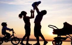 ΝΕΑ ΕΙΔΗΣΕΙΣ (ΣτΕ: Τα παιδιά θα μπορούν πλέον να έχουν το επώνυμο και των δύο γονέων)