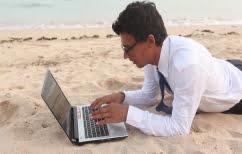 ΝΕΑ ΕΙΔΗΣΕΙΣ (Έρευνα: Το άγχος της δουλειάς εμποδίζει τη χαλάρωση ακόμα και στις διακοπές)