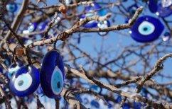 ΝΕΑ ΕΙΔΗΣΕΙΣ (Πανευρωπαϊκή πρωτιά – To 66% των Ελλήνων πιστεύουν στο «κακό μάτι»)