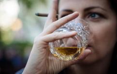 ΝΕΑ ΕΙΔΗΣΕΙΣ (Έρευνα: Το καθημερινό κάπνισμα και αλκοόλ γερνάνε τον εγκέφαλο)