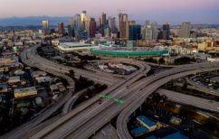 ΝΕΑ ΕΙΔΗΣΕΙΣ (Λος Άντζελες: Άρση των περιοριστικών μέτρων για την επανεκκίνηση της οικονομίας)