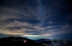 ΝΕΑ ΕΙΔΗΣΕΙΣ (Η φθινοπωρινή βροχή διαττόντων αστέρων κορυφώνεται στην Ελλάδα απόψε το βράδυ)