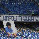 ΝΕΑ ΕΙΔΗΣΕΙΣ (Ντιέγκο Μαραντόνα: Το γήπεδο της Νάπολι πήρε και επίσημα το όνομα του «θεού»)
