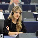 ΝΕΑ ΕΙΔΗΣΕΙΣ (Η Εύα Καϊλή, Ευρωβουλευτής ΚΙΝΑΛ, μιλά στο OfftRN)