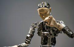 ΝΕΑ ΕΙΔΗΣΕΙΣ (Τα ρομπότ «εισβάλλουν» στα σχολεία της Κρήτης)